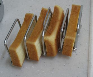 breadstand-1.jpg